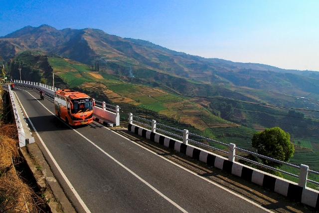 JUARA HARAPAN 2 Musyafa Menembus Pegunungan Dieng Jatim
