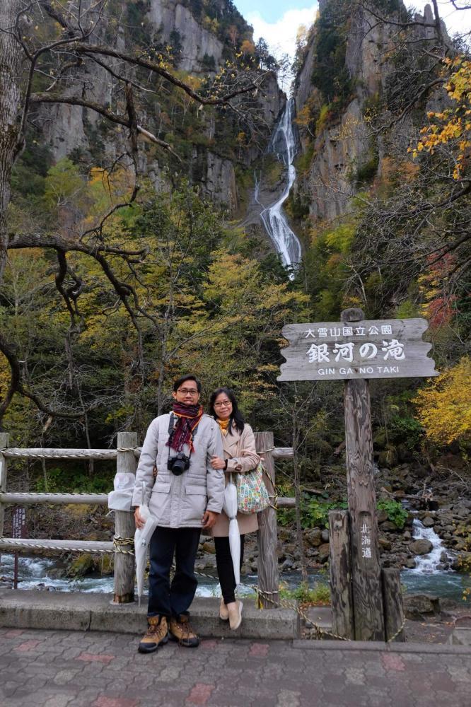 Air Terjun Ginga no Taki yang sangat mempesona di kala musim gugur. Foto: Cynthia Iskandar