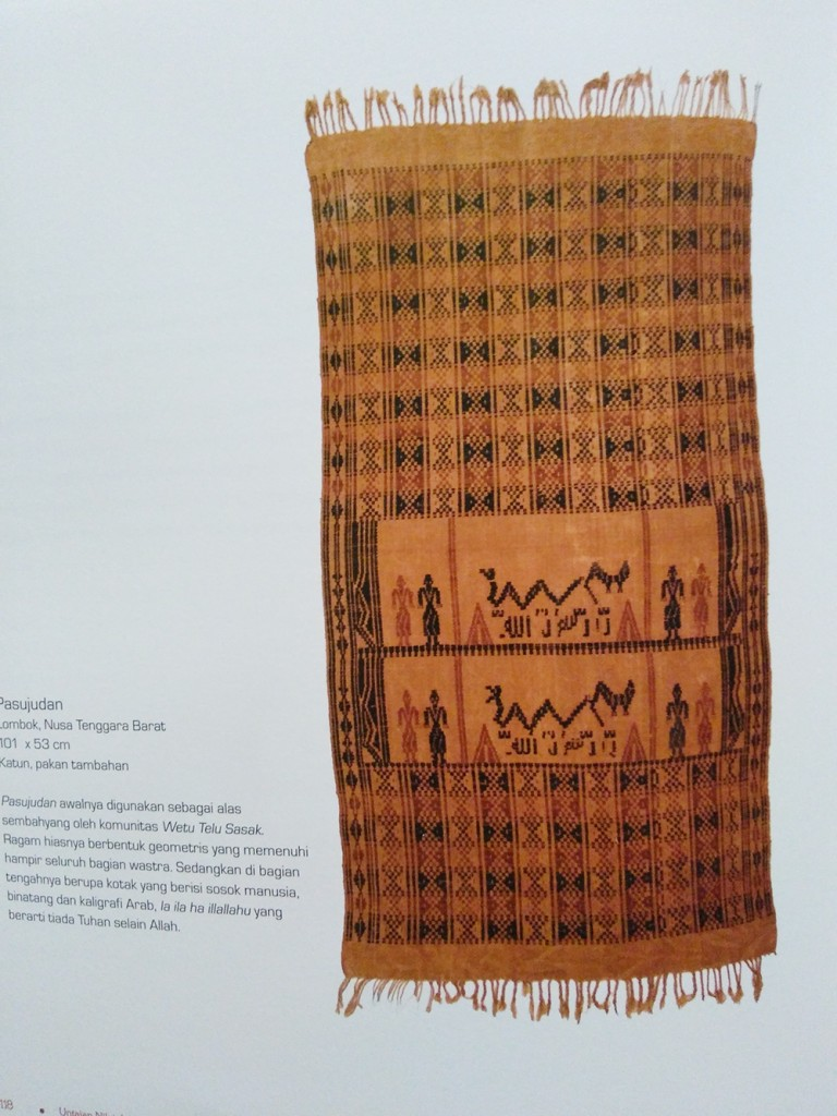 Wastra Koleksi Ibu Jo dari NTB