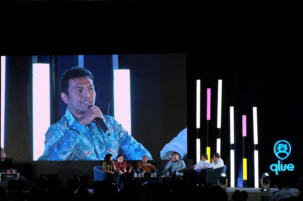 Pendiri dan CEO Qlue Rama Raditya tengah menjadi pembicara dalam acara yang digagasnya bersama Kementerian Komunikasi dan Informatika, Smart Citizen Day 2019 di Jakarta, 28 Maret 2019